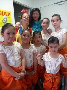 Enfants du Cambodge d'hier à aujourd'hui - Association pour l'Avenir d'un enfant - Association Sélépak de Lognes et Nathalie Guérin, clown hospitalier